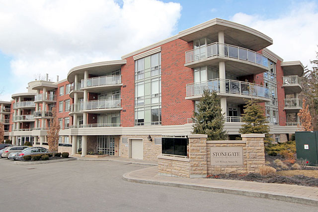 Stonegate Condos at 125 Wilson Street West, Ancaster