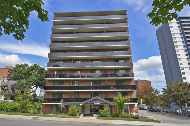 The Clifton at 81 Charlton Avenue East, Hamilton